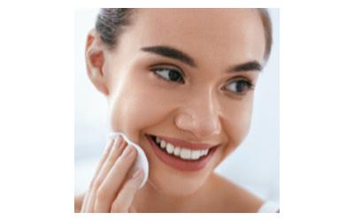 Des soins ayurvédiques pour une peau saine et purifiée avec AYUR-VANA