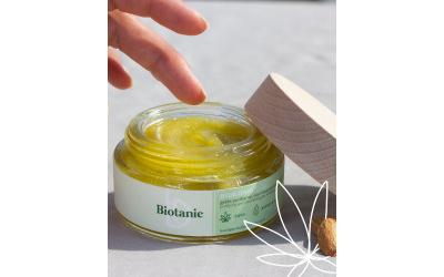 BIOTANIE lance une Gelée démaquillante soin (bio et végétalienne)
