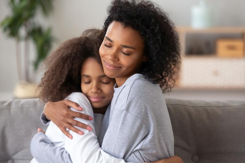 Le toucher, un sens émotionnel